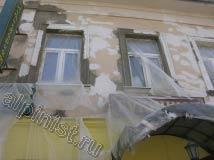 16 На представленной фотографии видно как наш мастер вывел откосы раствором и восстановил архитектуру  на поверхности фасада.